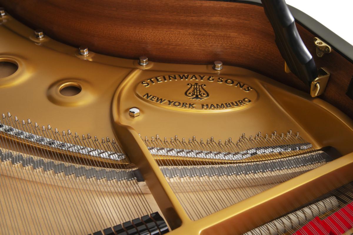 piano-cola-steinway-sons-a188-artesanal-nuevo-negro-interior
