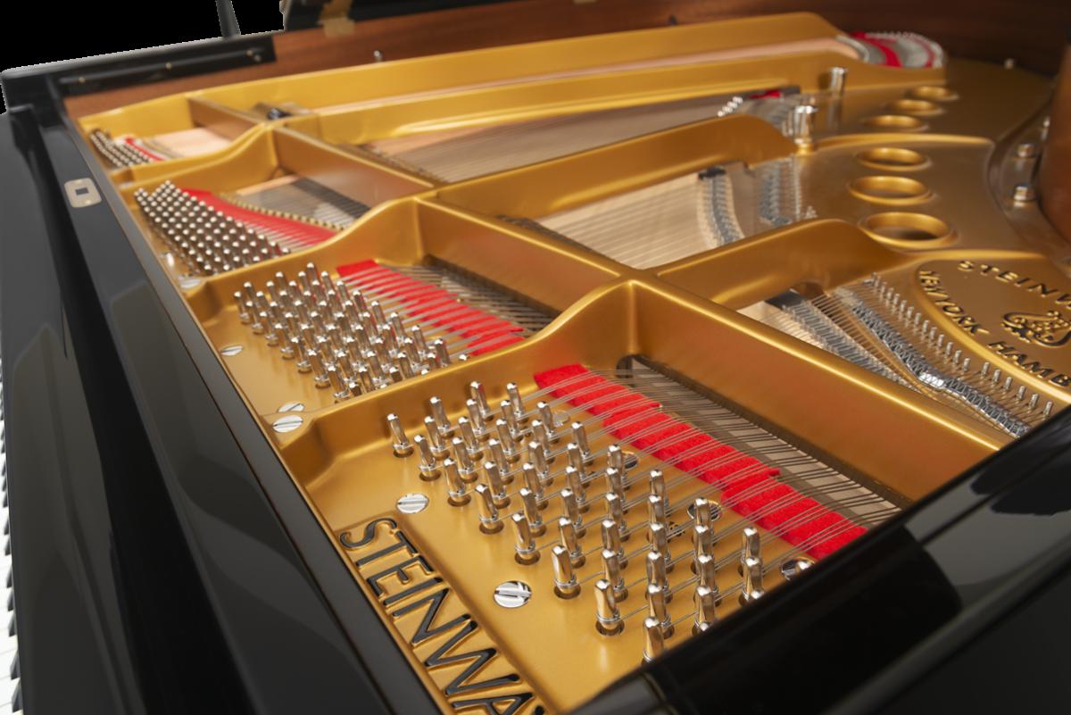 piano de cola Steinway & Sons m170 clavijero arpa, puente
