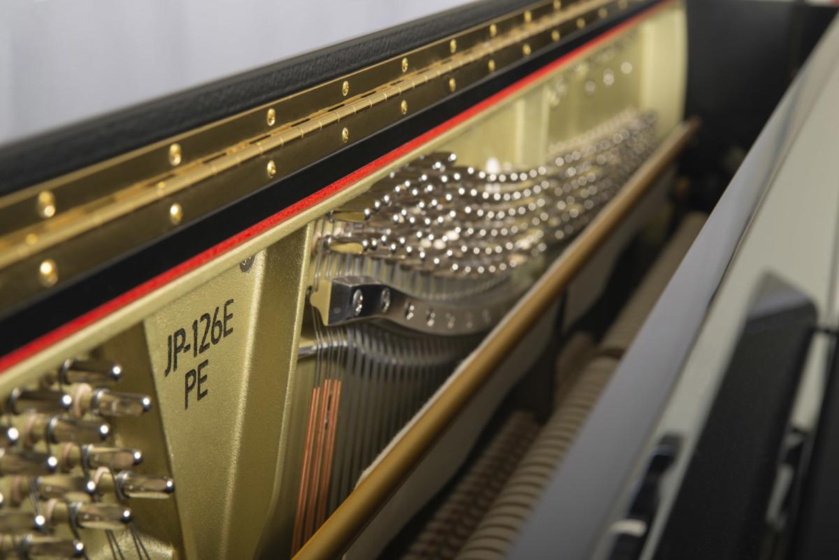 piano-vertical-boston-up126-profesional-nuevo-negro-interior
