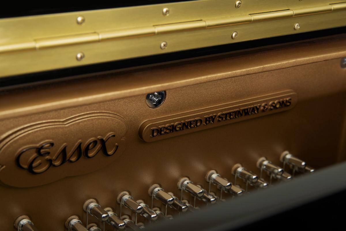 piano-vertical-essex-eup123-nuevo-negro-clavijas