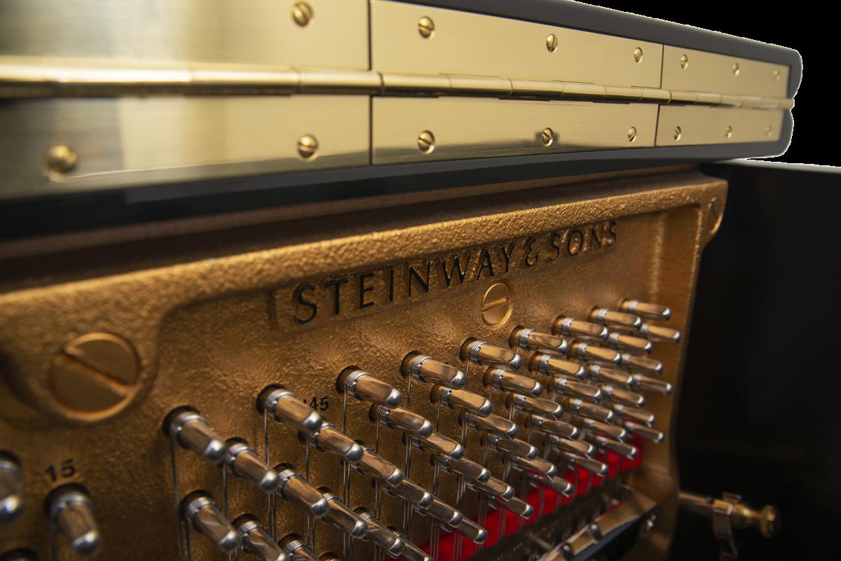 piano-vertical-steinway-sons-k132-artesanal-nuevo-negro-clavijas