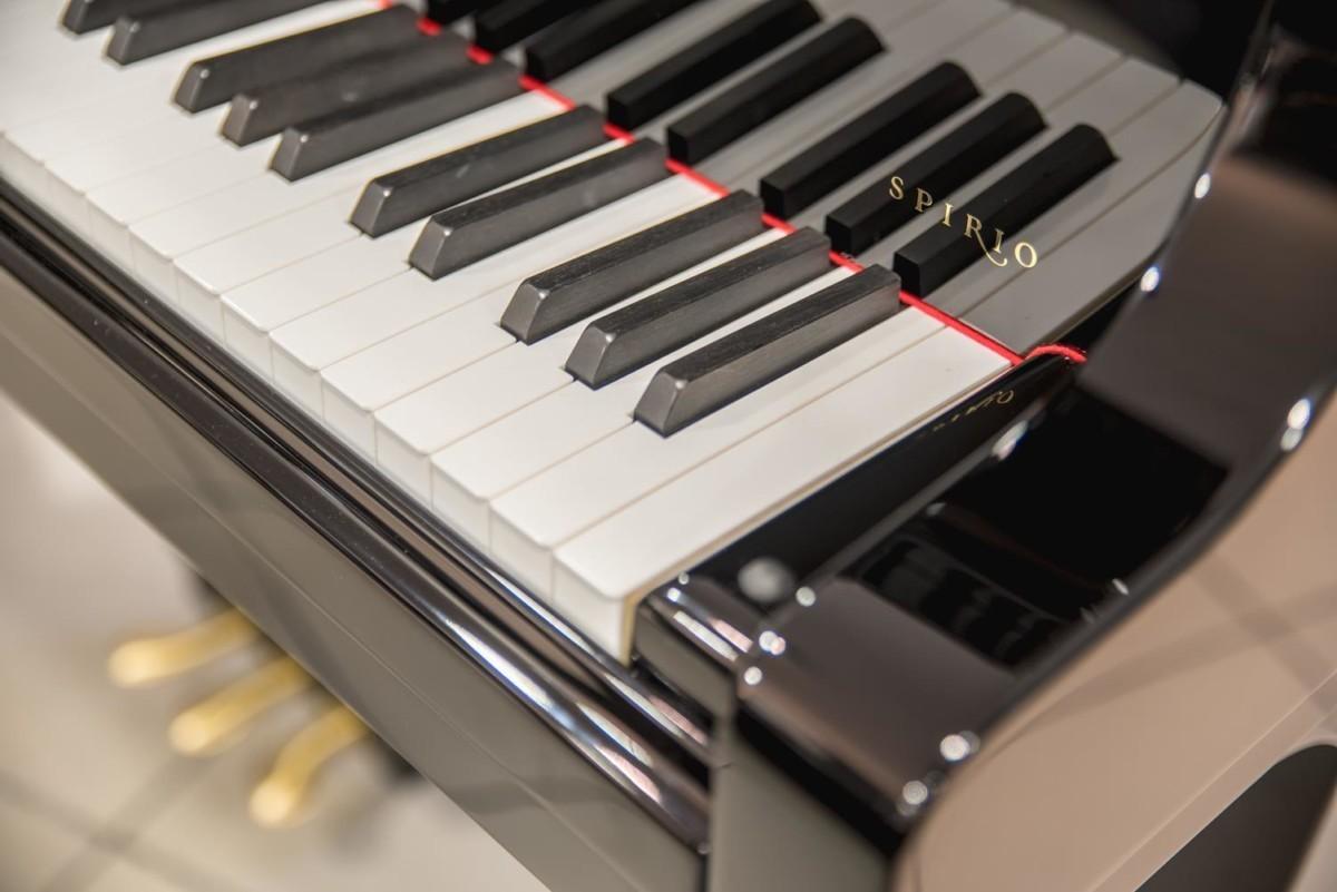 Steinway & Sons Spirio O180 #608031 modelo spirio teclas teclado