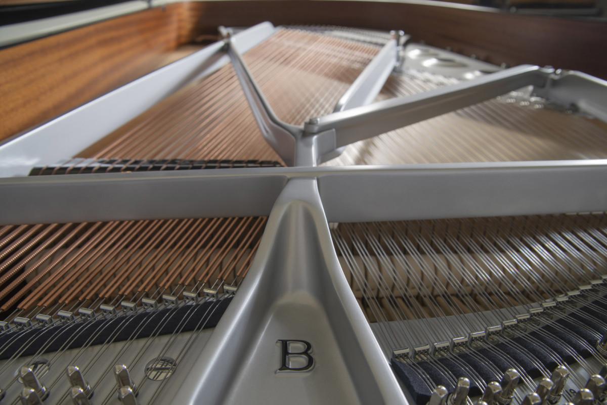 piano-cola-steinway-sons-b211-artesanal-heliconia-lalique-nuevo-edicion-limitada-negro-interior-03