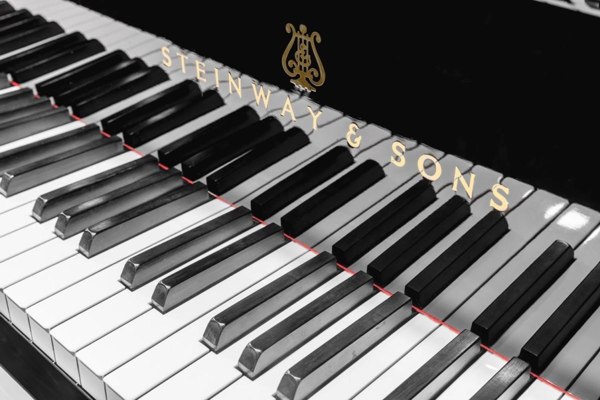 STEINWAY-S-155-422048 detalle piano teclas teclado