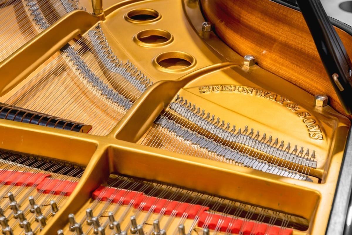 STEINWAY-S-155-422048 mecánica piano cuerdas arpa clavijas clavijero