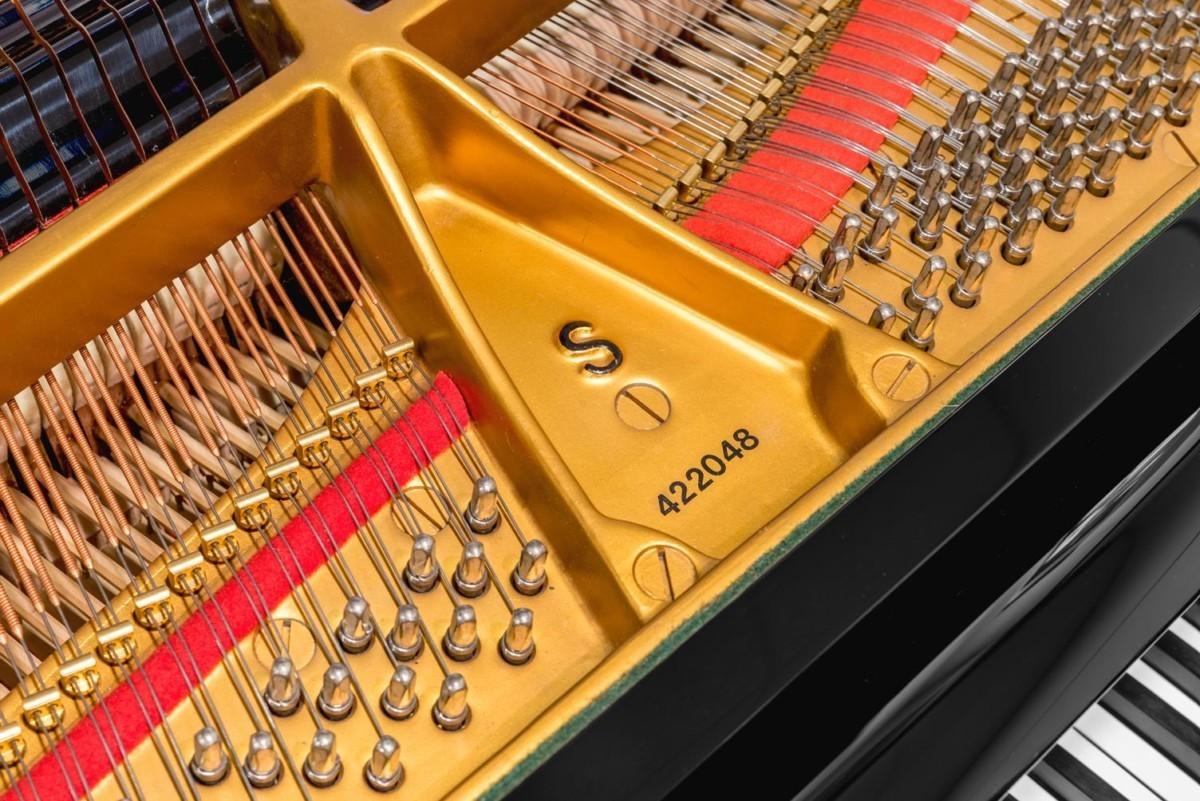 STEINWAY-S-155-422048 clavijas clavijero piano número de serie modelo detalle