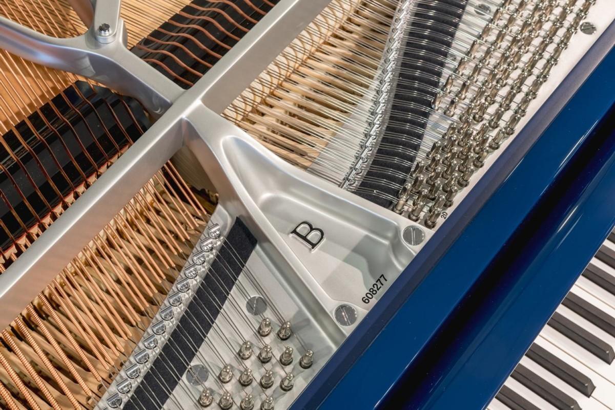STEINWAY-B-211-ONE-ONLY-BLUE-SPIRIO-608277 número de serie piano clavijas clavijero cuerdas