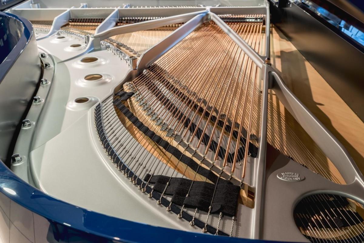 STEINWAY-B-211-ONE-ONLY-BLUE-SPIRIO-608277 arpa piano mecánica cuerdas