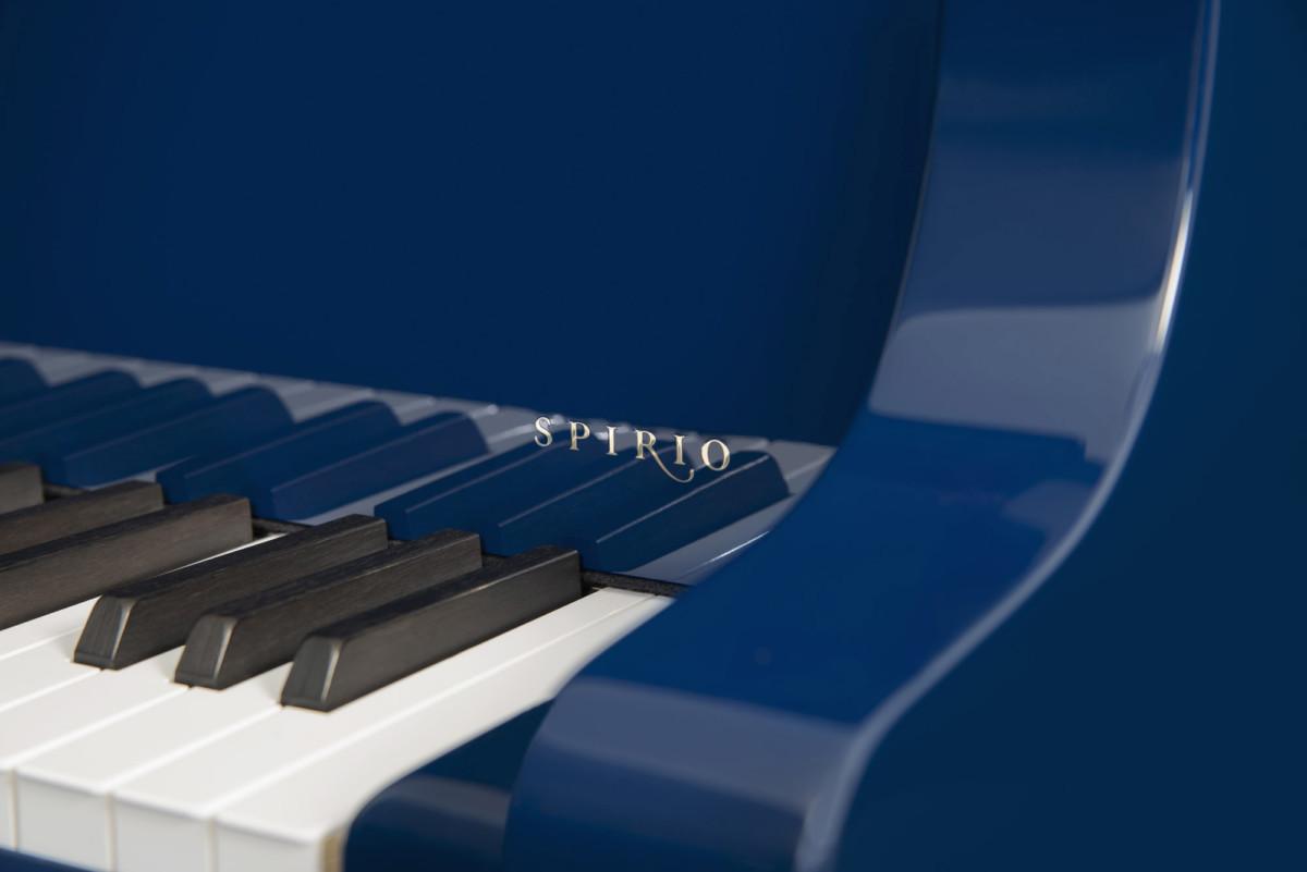 piano-cola-steinway-sons-b211-spirio-artesanal-blue-nuevo-azul-unico-edicion-limitada-detalle