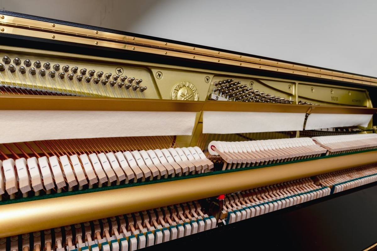 YAMAHA-YU11-6216931 mecánica piano martillos clavijas clavijero