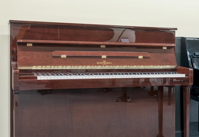 SCHIMMEL-112-188137 vista general piano