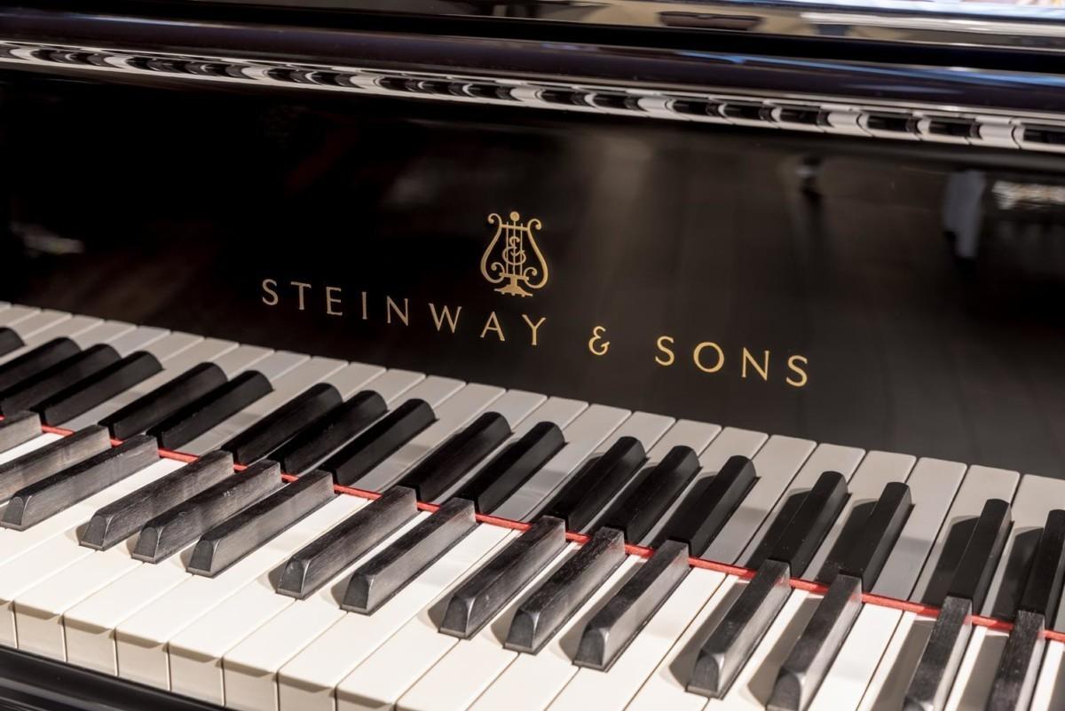 STEINWAY-A-188-157824 vista detalle piano teclas teclado