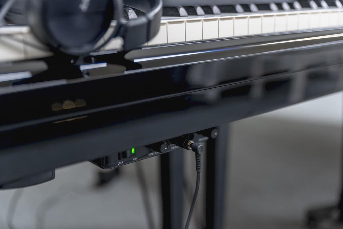 YAMAHA-C5-5942443 detalle piano sistema silent teclas