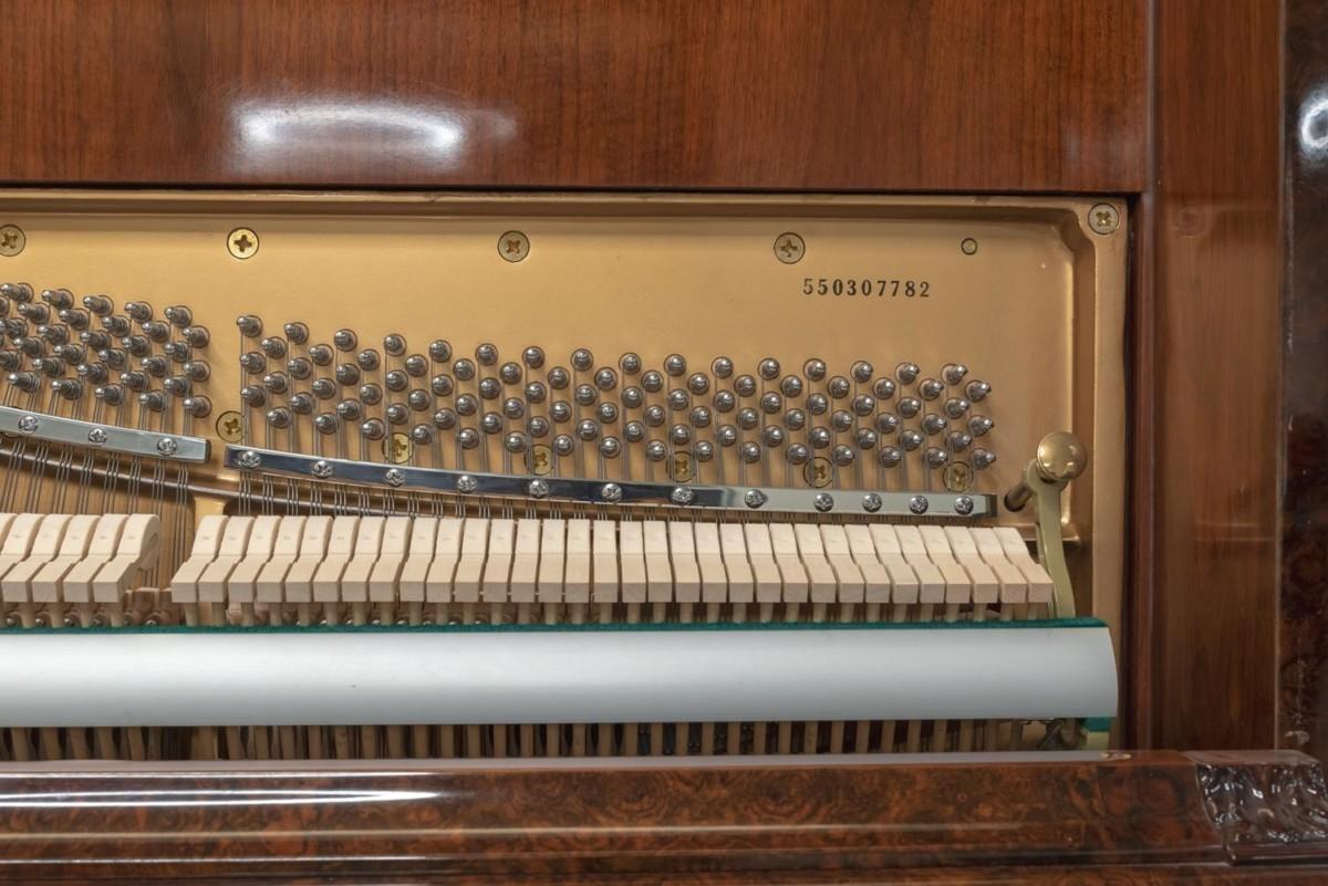 JJ-HOPKINSON-H136-550307782 vista detalle piano clavijas clavijero martillos