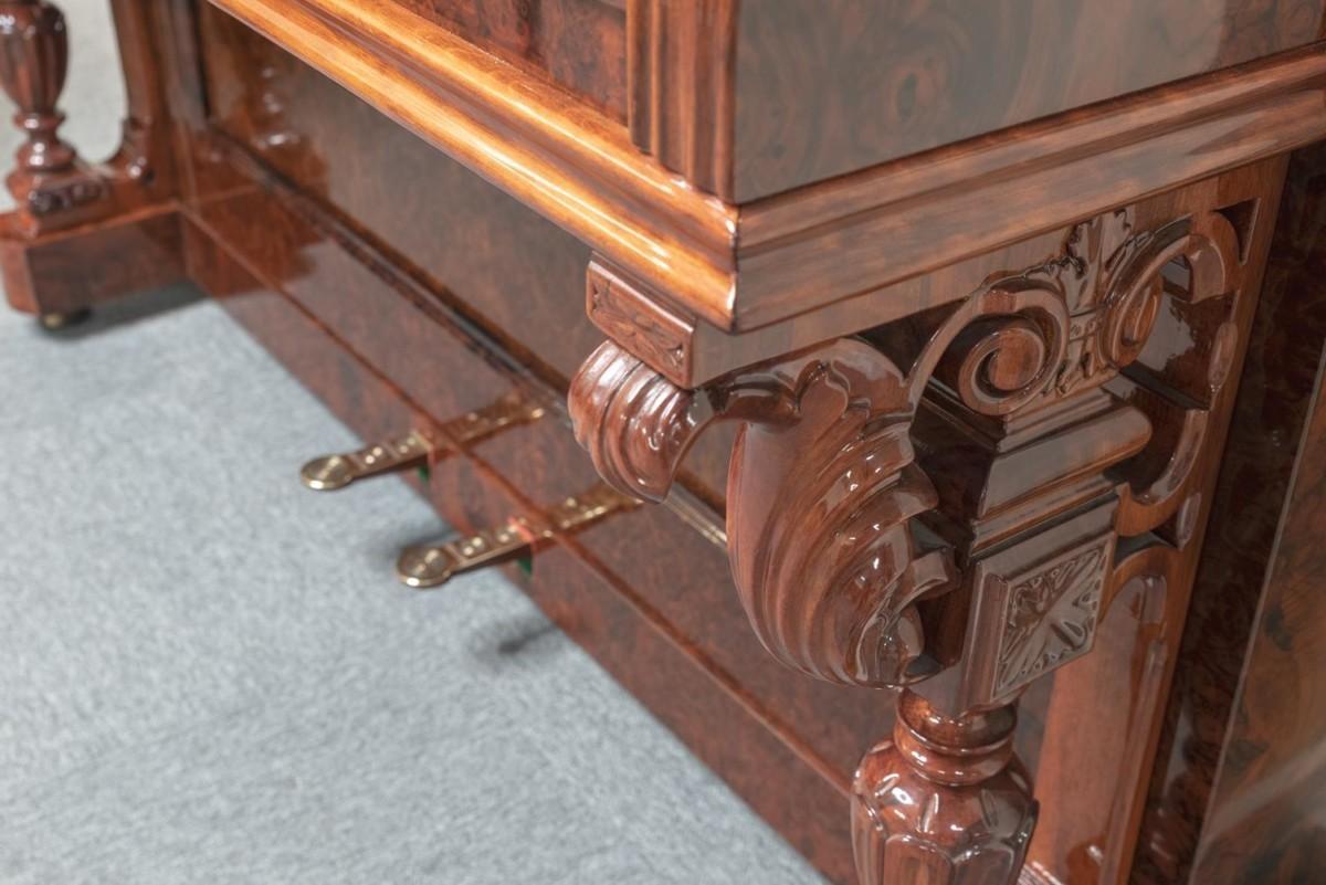 JJ-HOPKINSON-H136-550307782 vista detalle piano diseño pata