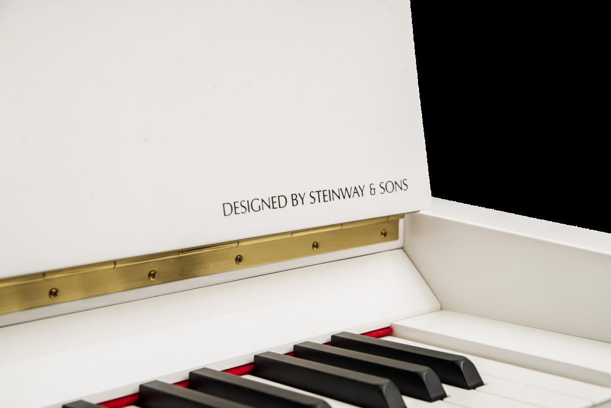 piano-vertical-essex-eup123-nuevo-blanco-detalle
