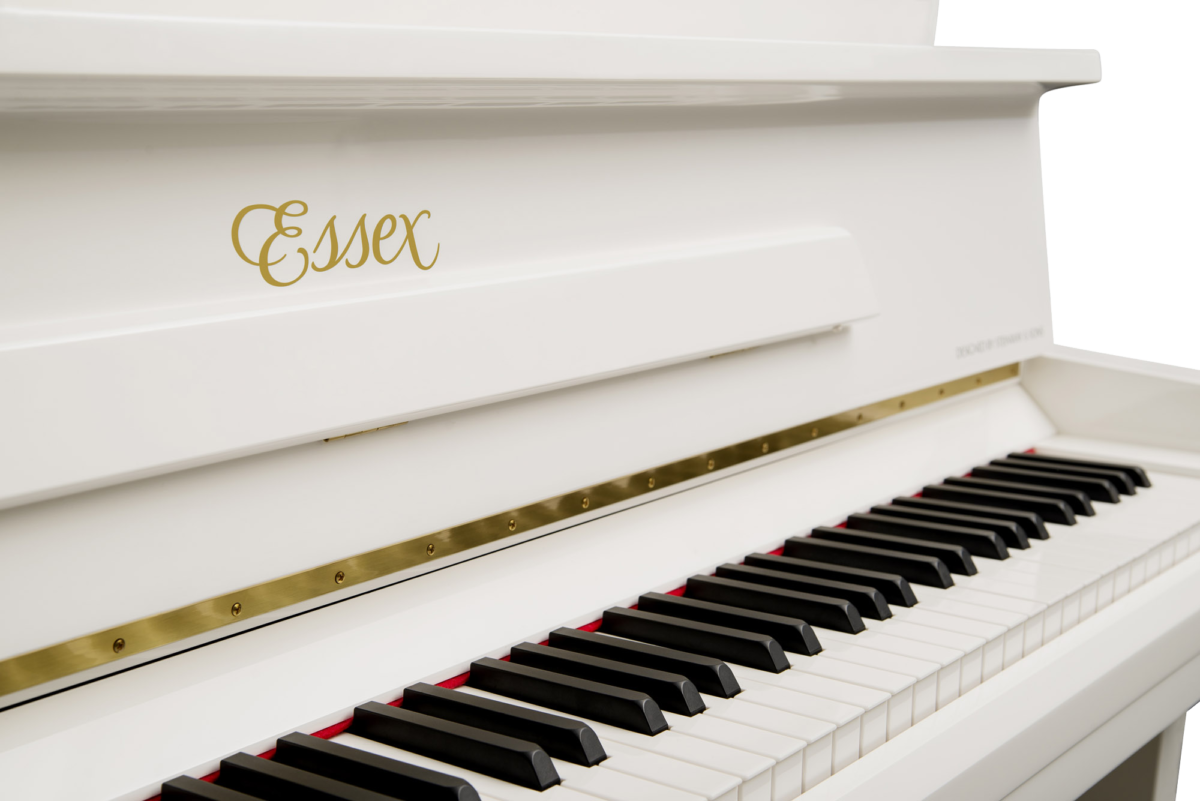 piano-vertical-essex-eup123-nuevo-blanco-teclado
