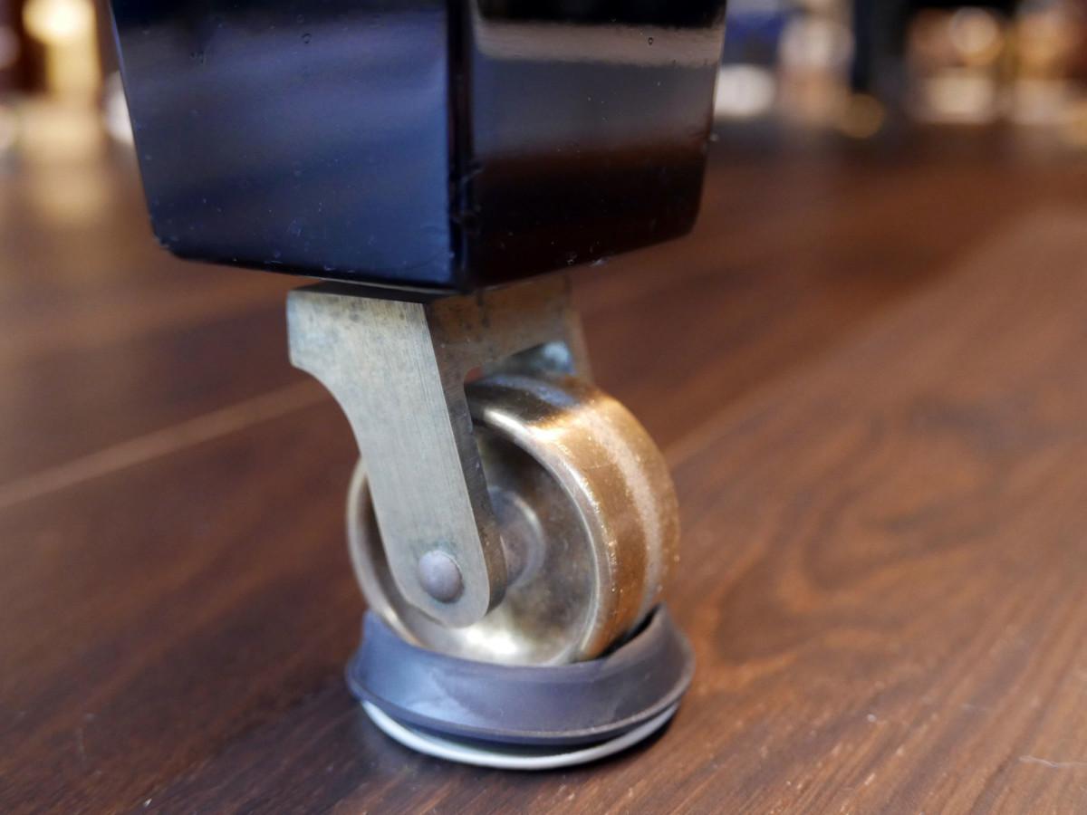 Steinway-Sons-O180-466396-restaurado-2020L1890185.jpg rueda ruedas