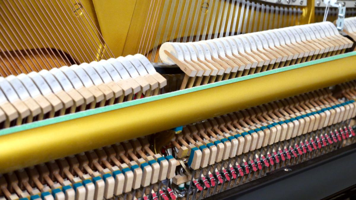 Yamaha U1H Y #2370797 mecanica interior lateral martillos macillos