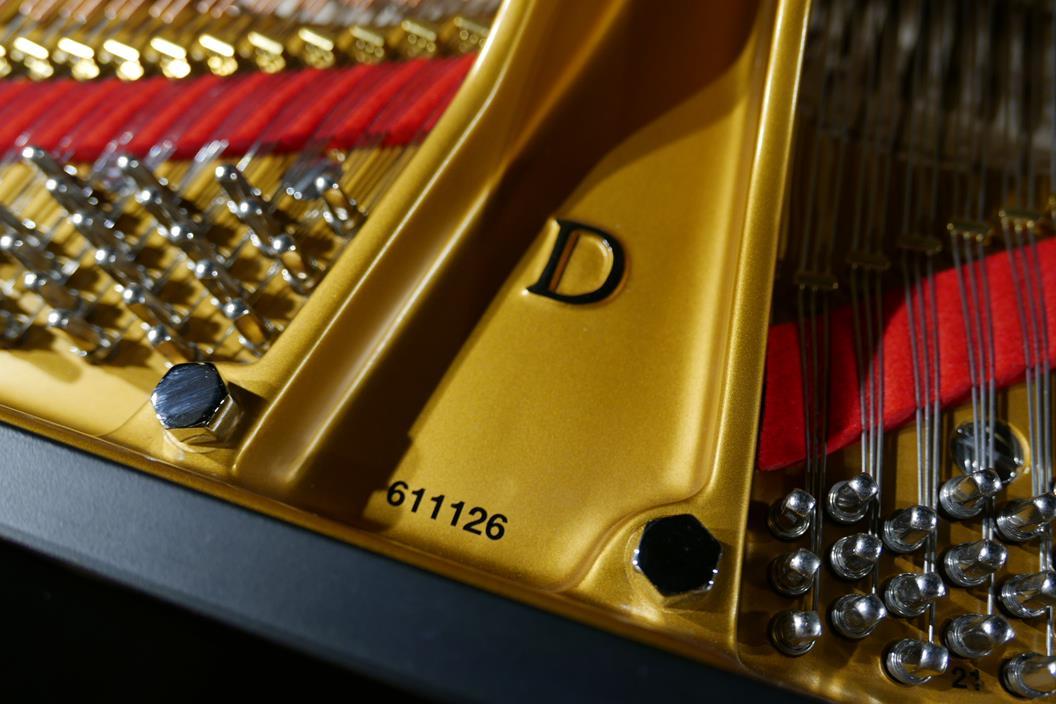 STEINWAY D274 611126 arpa, clavijas, cuerdas, fieltro, número de serie