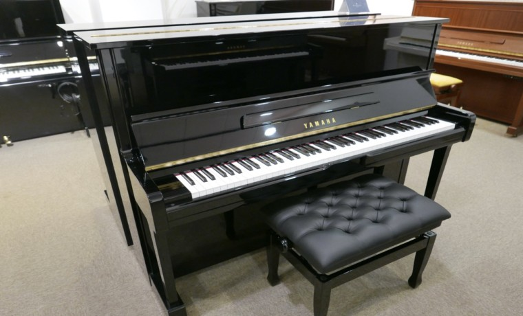 Piano-vertical-Yamaha-U100-5352275-detalle-vista-general-banqueta-segunda-mano