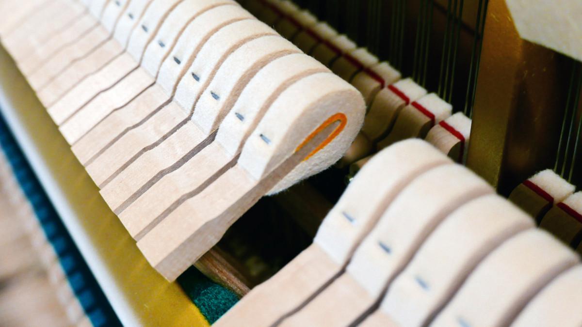 Yamaha U3 blanco pulido #3993690 detalle martillo macillo martillos macillos