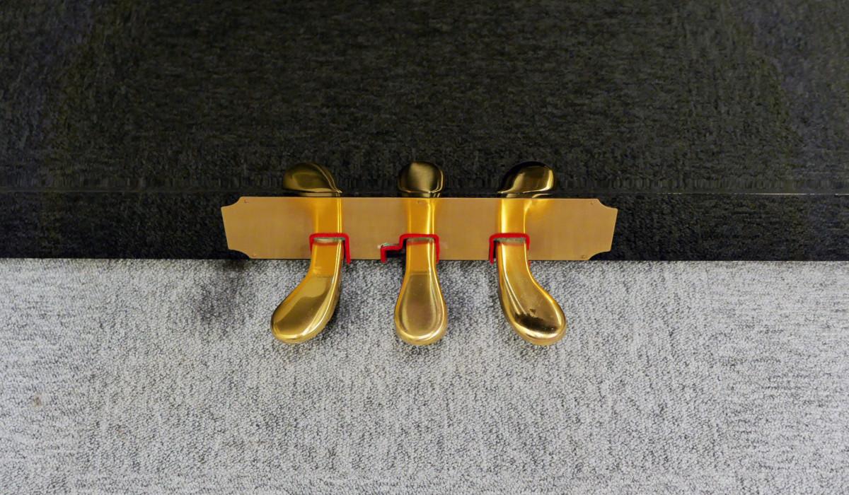 piano vertical Kawai H20 Silent #2185669 pedales pedal vista cenital