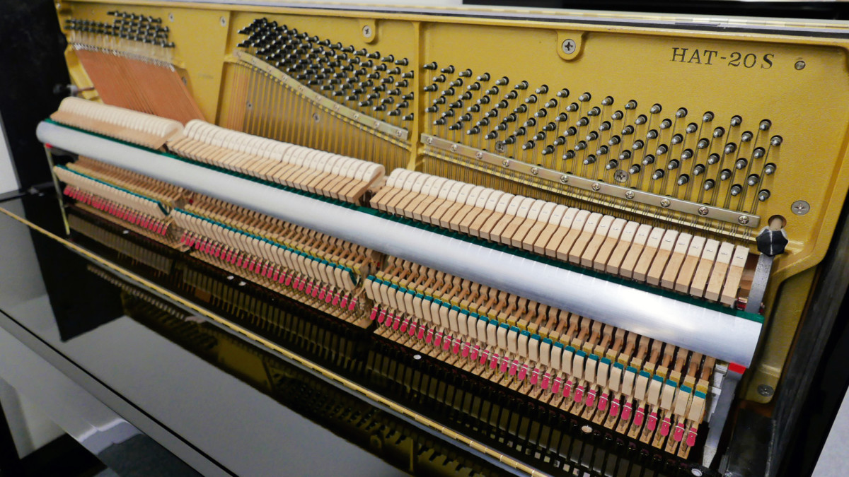 piano vertical Kawai H20 Silent #2185669 vista lateral mecanica interior