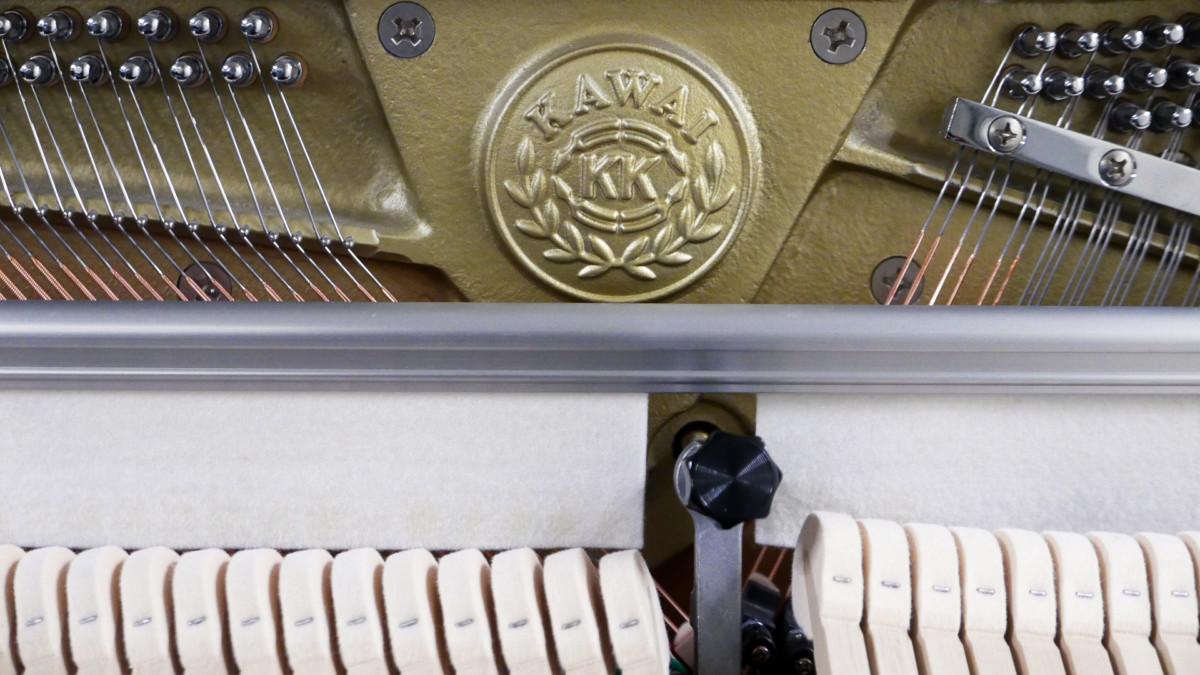 piano vertical Kawai K2 #F040168 sello clavijero martillos sordina