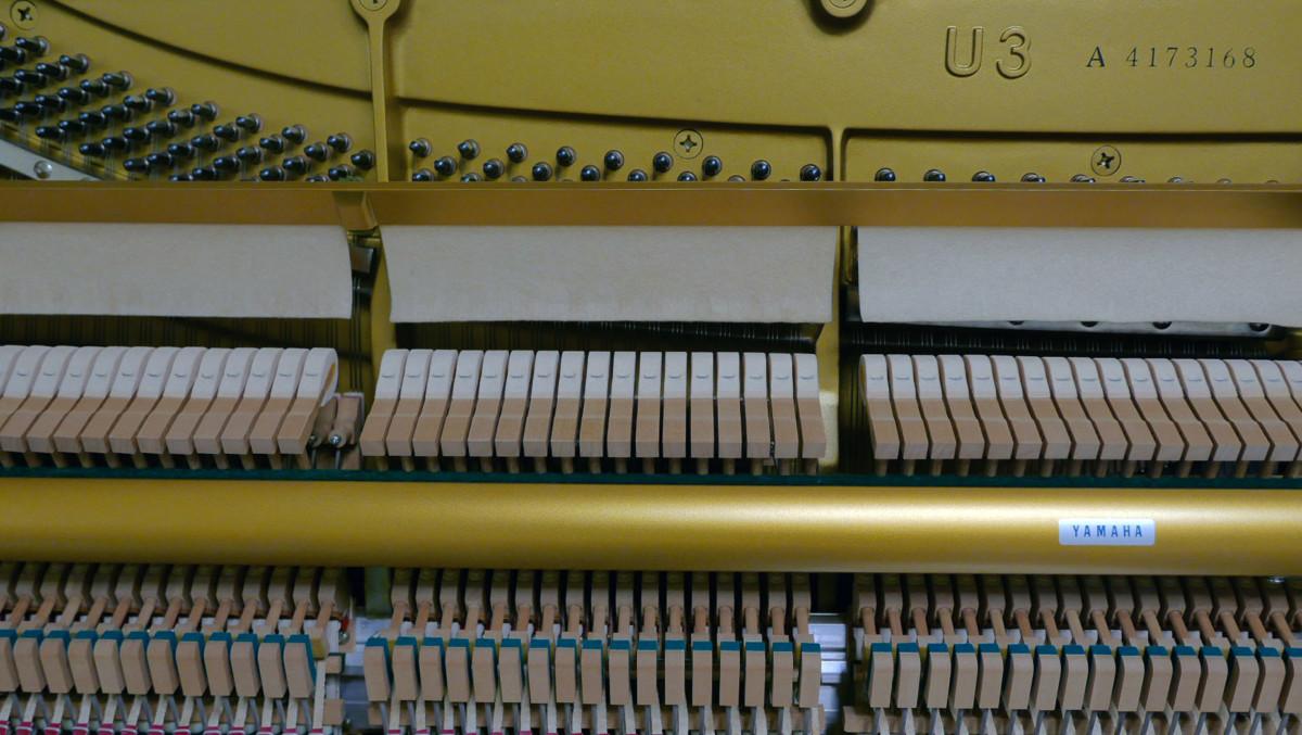 piano vertical Yamaha U3 #4173168 modelo numero de serie mecanica interior