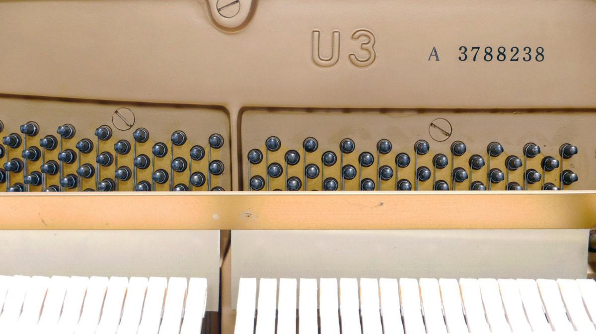 piano vertical Yamaha U3 #3788238 numero de serie interior mecanica