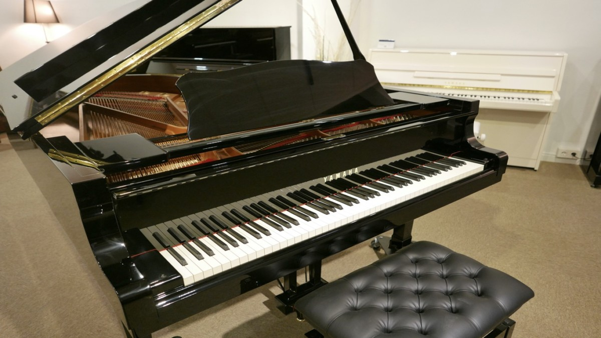 piano de cola Yamaha C6 #5605144 plano general abierto sin banqueta