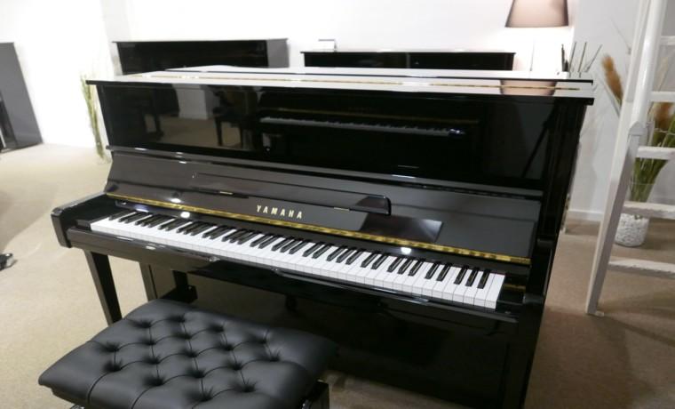 Piano-vertical-Yamaha-U100-5365066-detalle-vista-general-banqueta-segunda-mano