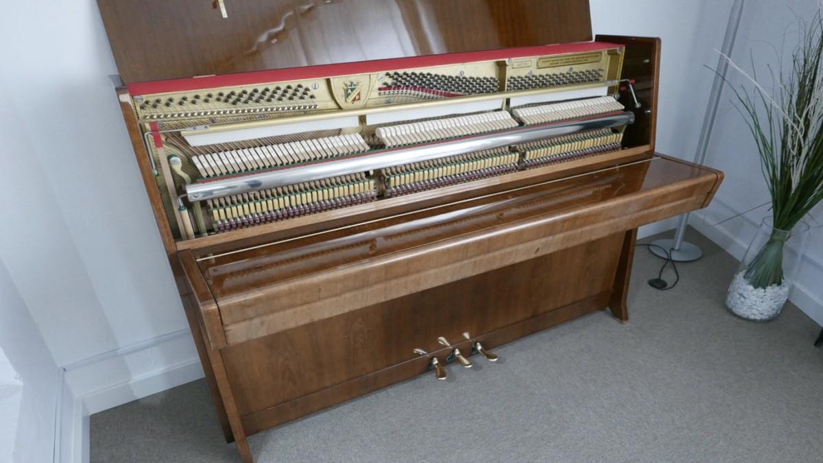 Piano-vertical-petrof-113-257884-detalle-vista-general-mecanismo-segunda-mano