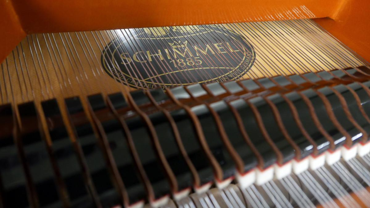 piano de cola Schimmel 174 #307484 marca tabla armonica cuerdas apagadores