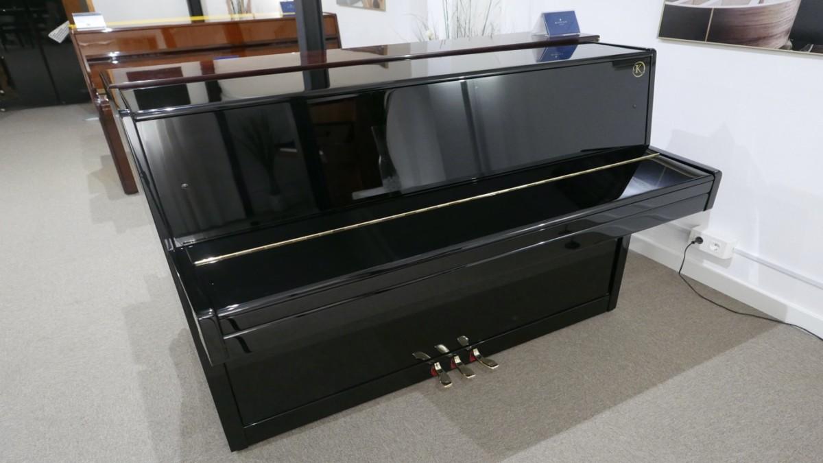 Piano-vertical-Konig-k109-85264-detalle-vista-general-sin-banqueta-tapa-cerrada-segunda-mano