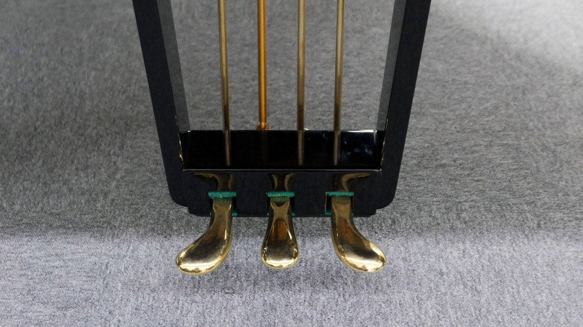 piano de cola Petrof 157 #478883 pedales pedal