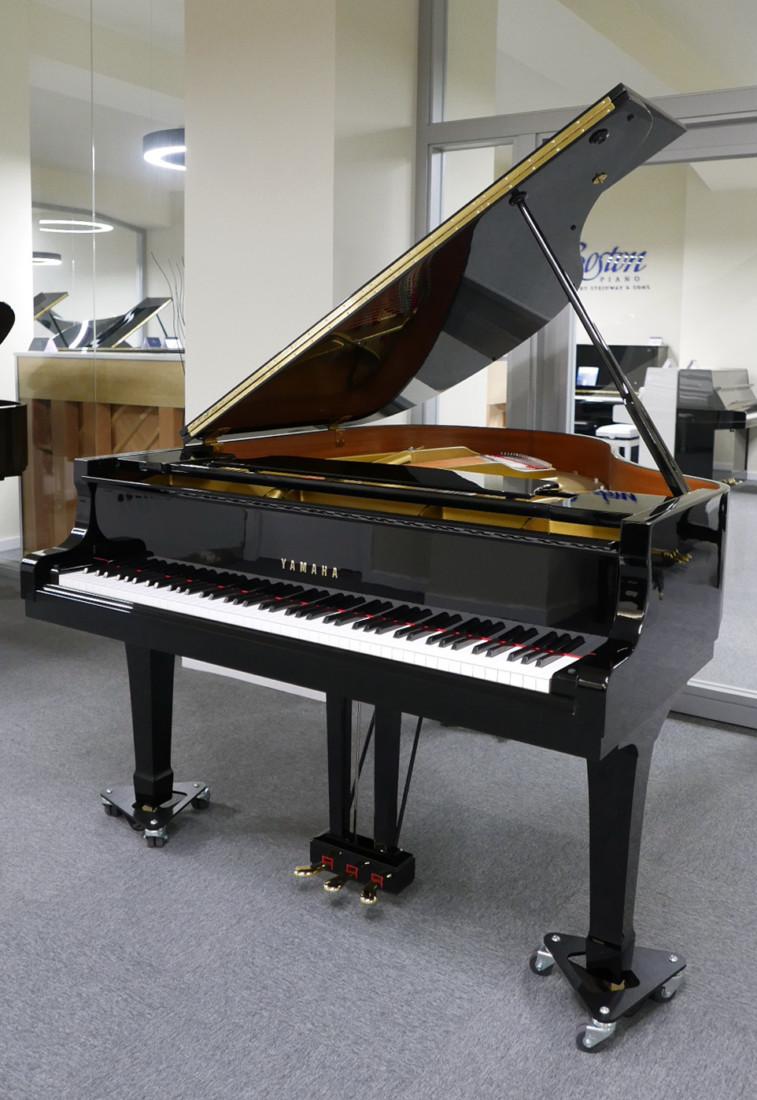 piano de cola Yamaha G2 #5220385 vista general abierto