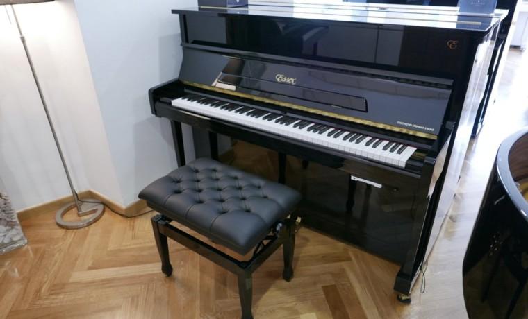 Piano_vertical_Essex_UP116E_silent_167836_detalle_vista_general_con_banqueta_segunda_mano