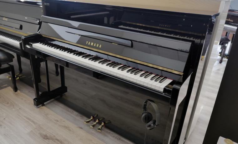 piano vertical Yamaha U5AS Silent #5312483 vista general tapa abierta