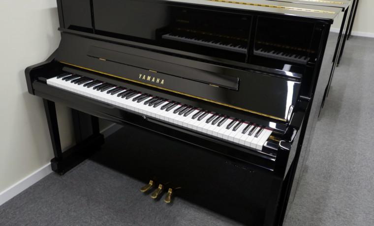 piano vertical Yamaha YU10SEB Silent #5965938 vista general
