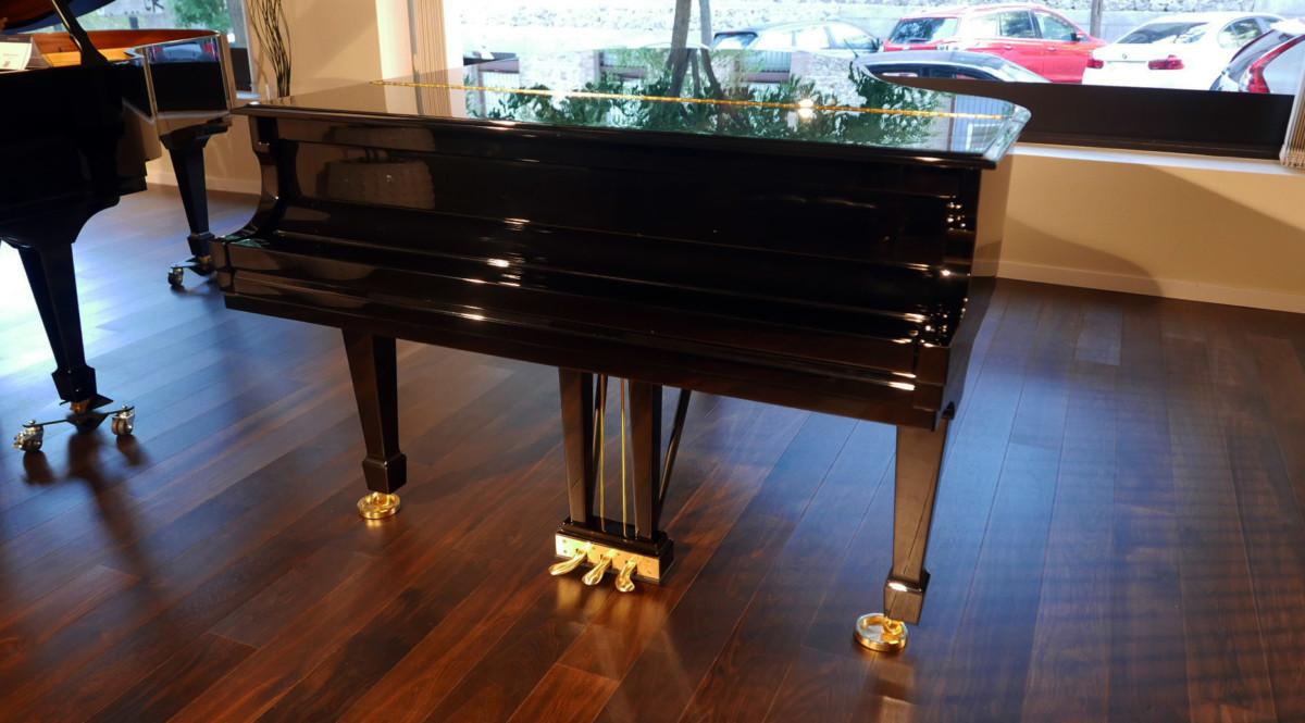 piano de cola nuevo SEMINUEVO. Steinway & Sons M170 Spirio #607508 vista general tapa cerrada