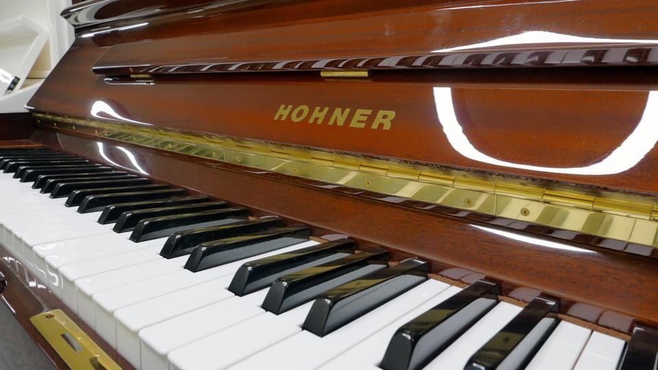 piano-vertical-hohner-hp-122-1530428-teclado-teclas-marca