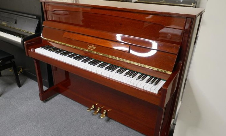 piano-vertical-lauper-115-51071133-vista-general
