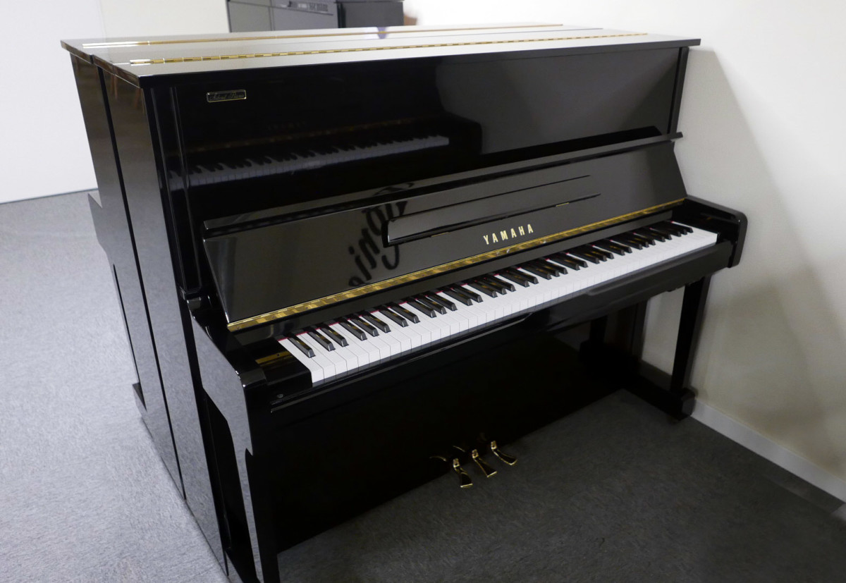 piano vertical Yamaha U100 Silent #5419204 vista general