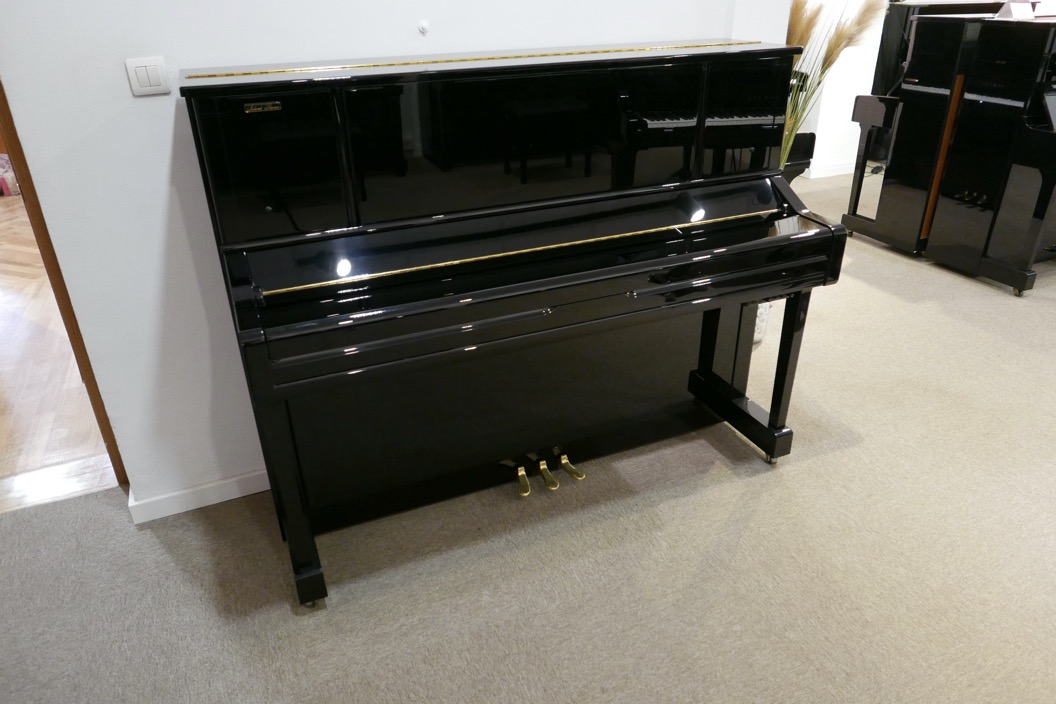 Piano_vertical_Yamaha_YU10_silent_6157227_detalle_vista_general_sin_banqueta_tapa_cerrada_segunda_mano