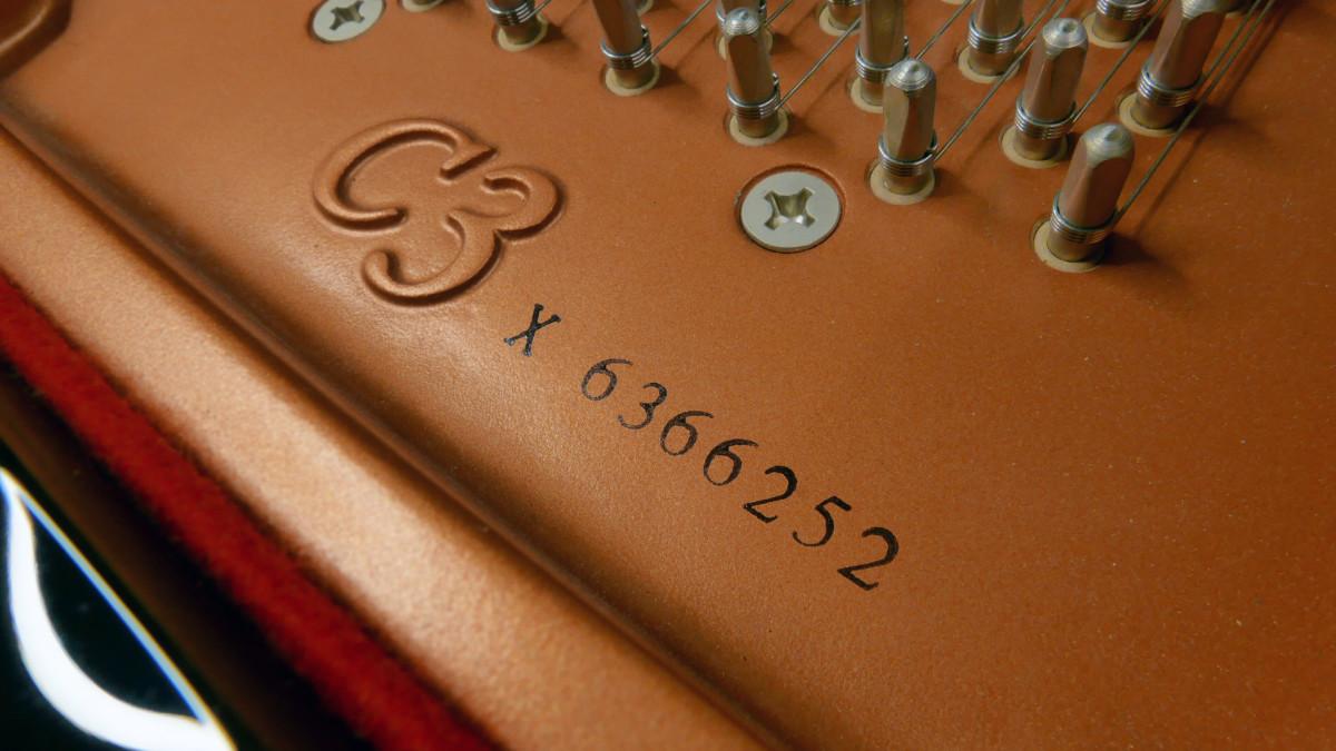 piano de cola Yamaha C3X #6366252 numero de serie modelo