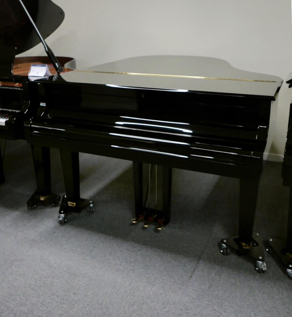 piano de cola Yamaha C3X #6349992 plano general tapa cerrada